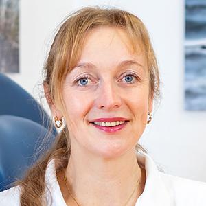 Dr. med. Stephanie Zaussinger